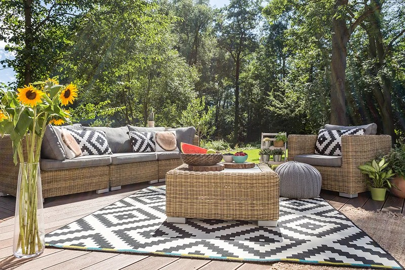 The Best Outdoor Furniture for Your Courtyard at Pottery Barn